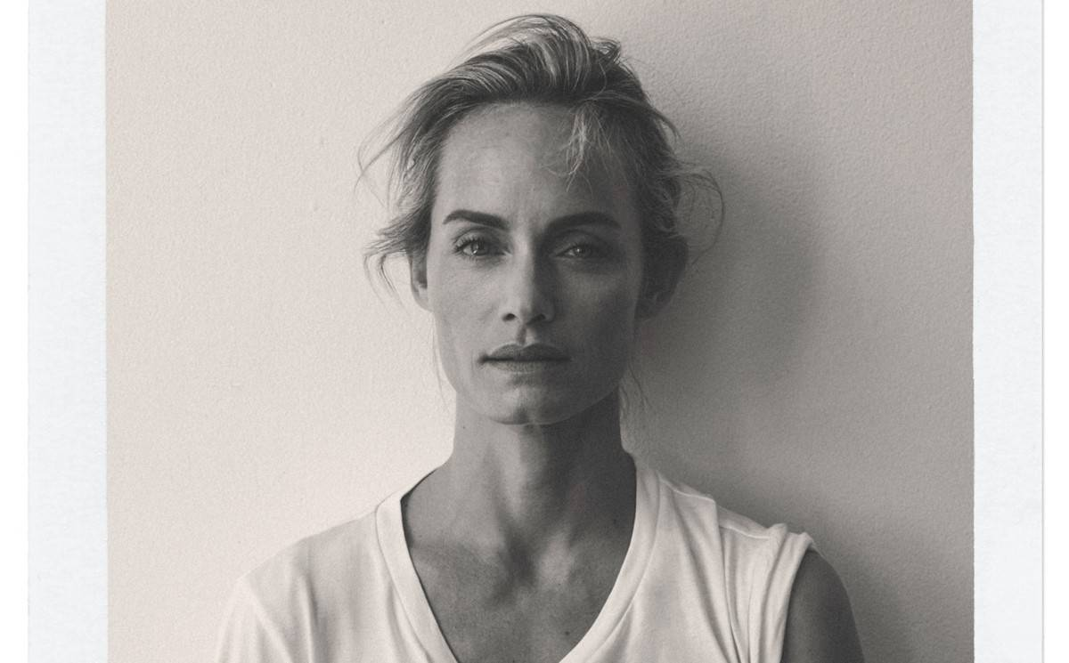 Karl Lagerfeld Collaborates with Amber Valletta